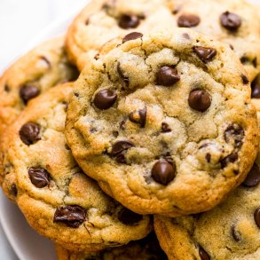 BAKERY-STYLE-CHOCOLATE-CHIP-COOKIES-9